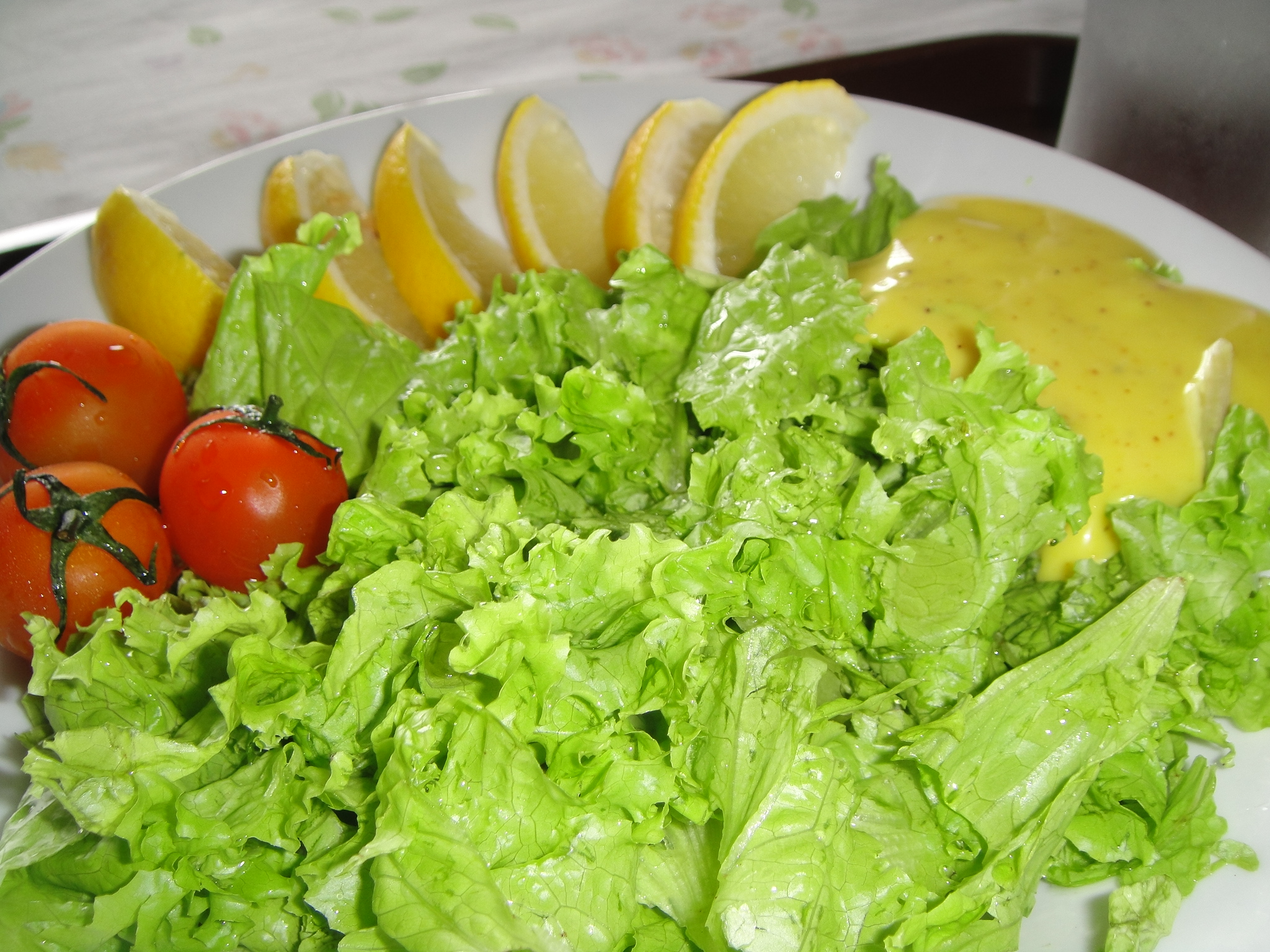 how to prepare lettuce salad