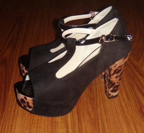 thick heel pumps