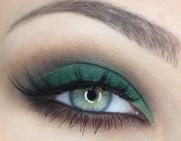 Emerald-eye-make-up